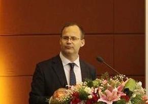 Ken Lousberg:特雷克斯业务转型不会停止